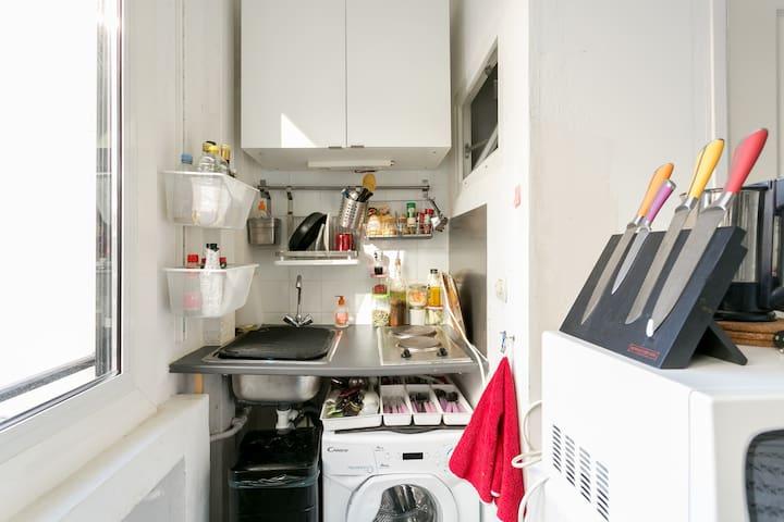 kitchenette et machine à laver