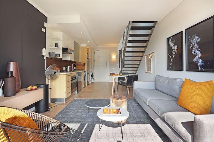 Sophisticated & Stylish Cape Town City Loft