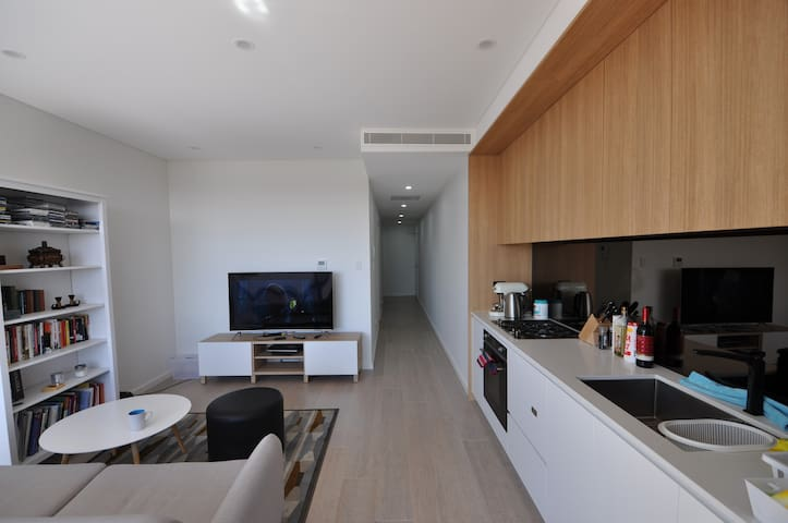 Stylish light filled apartment in Gladesville