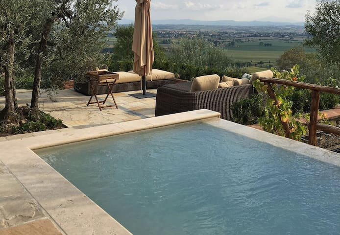Fabulous Tuscan Home, an absolute pleasure - Montecchio - House