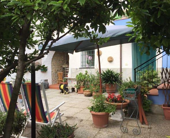 Casa Luma, Il benessere del borgo a 3 km dal mare
