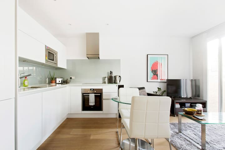 Explore Shoreditch from a Sleek Studio Apartment