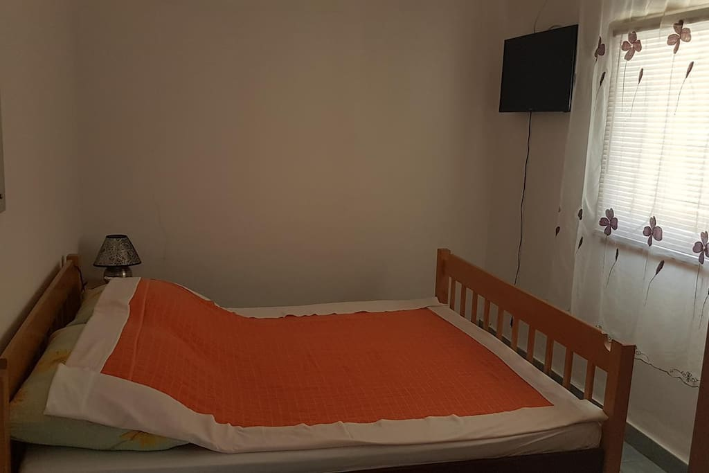 Bedroom 1, Surface: 7 m²