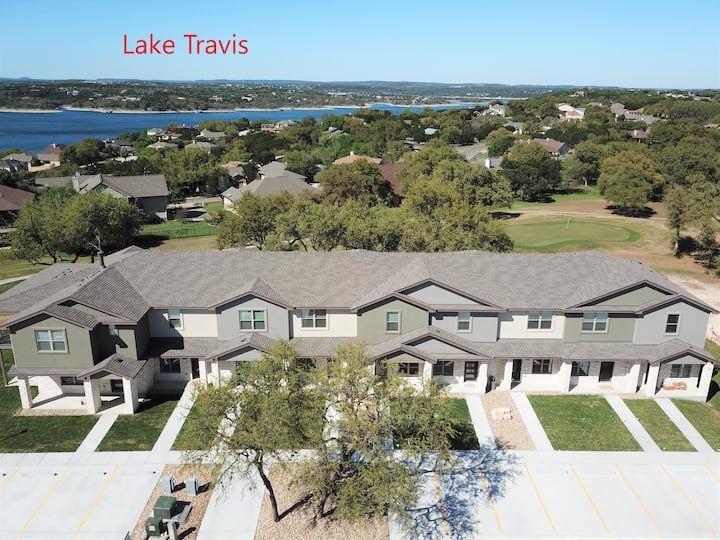 Lake Travis Relaxing Retreat