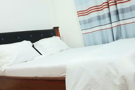 Madonna Apartment with Wi-Fi, 5 min Walk to SUA