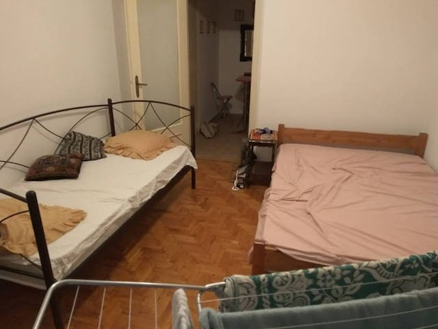 Cheap stay in athens - Athina - Apartment