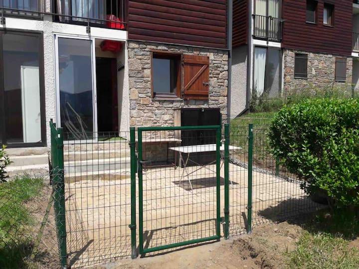 Appartement avec jardinet