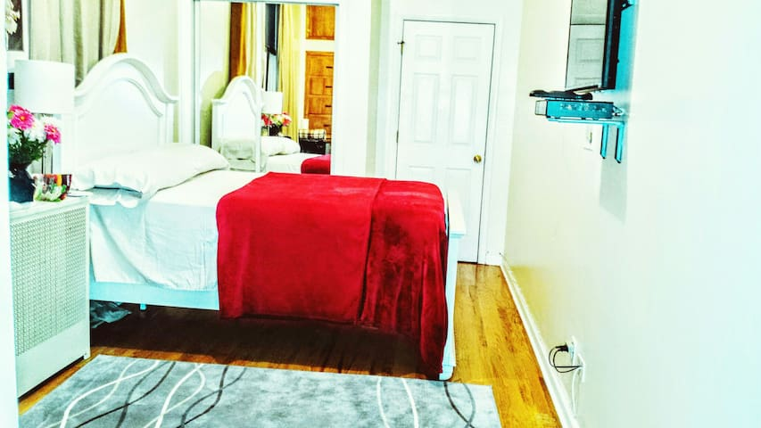 Ample Comfy Room 20 Mins to NYC - Union City - Appartement