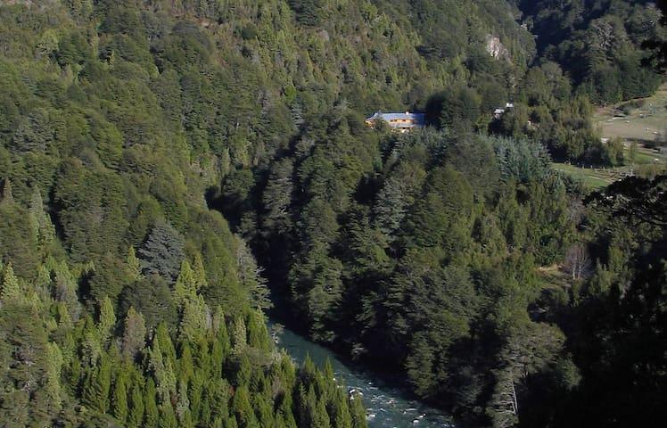 Amenities off-the-grid, La Confluencia Lodge