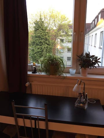 Well located apartment for two - Hamburg - Apartment