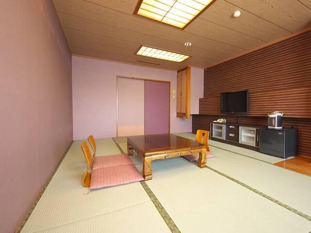【和室】15畳(最大5名利用)★マウンテンビュー★5名様まで宿泊できますのでリーズナブル。
