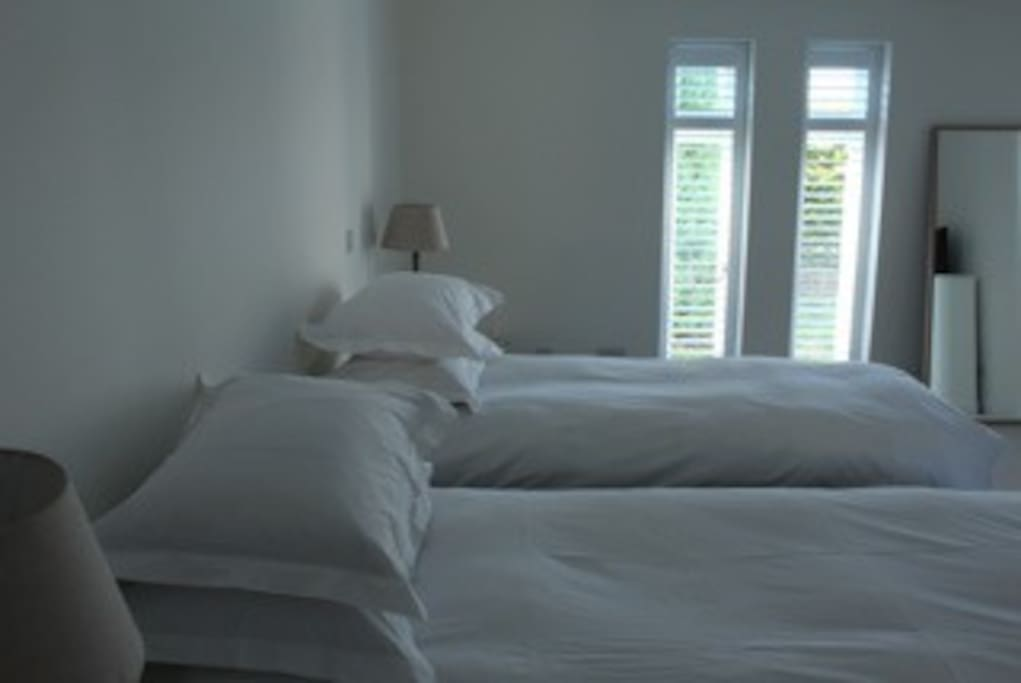 The bed can be split into two singles