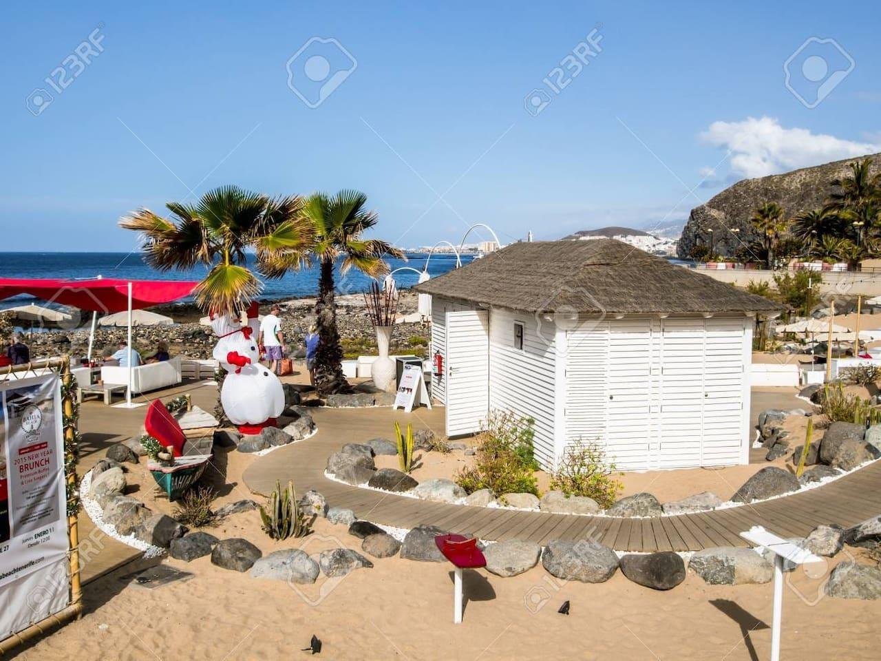 Preciosa playa palm mar los cristianos