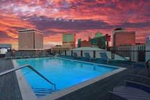 Rooftop pool with awesome view!