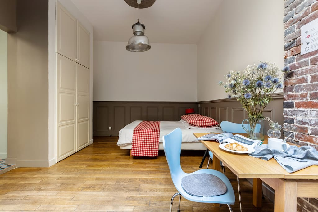 Nestled in the back of a courtyard, this studio is ideal for a couple or solo traveler wanting to stay in a hipster part of Paris.