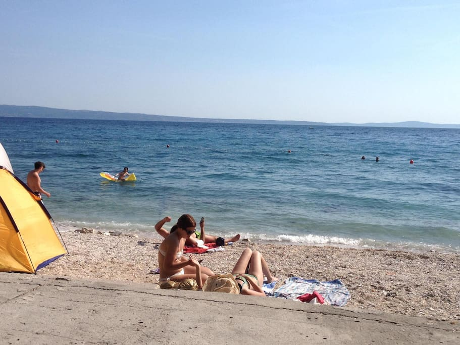 Local pebbly beach in Podstrana just 5-10 minutes walk from the Apartment