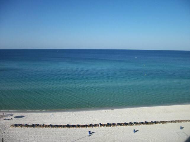 BREATHTAKING EMERALD BEACH DIRECT GULF FRONT CONDO