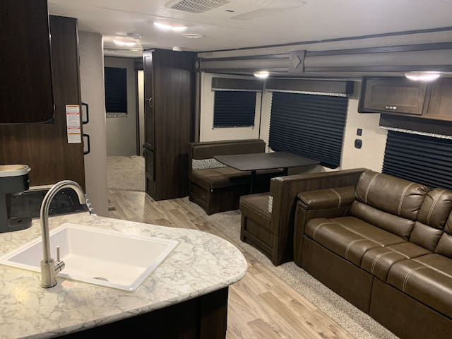 The Executive Suite RV - Monahans, TX