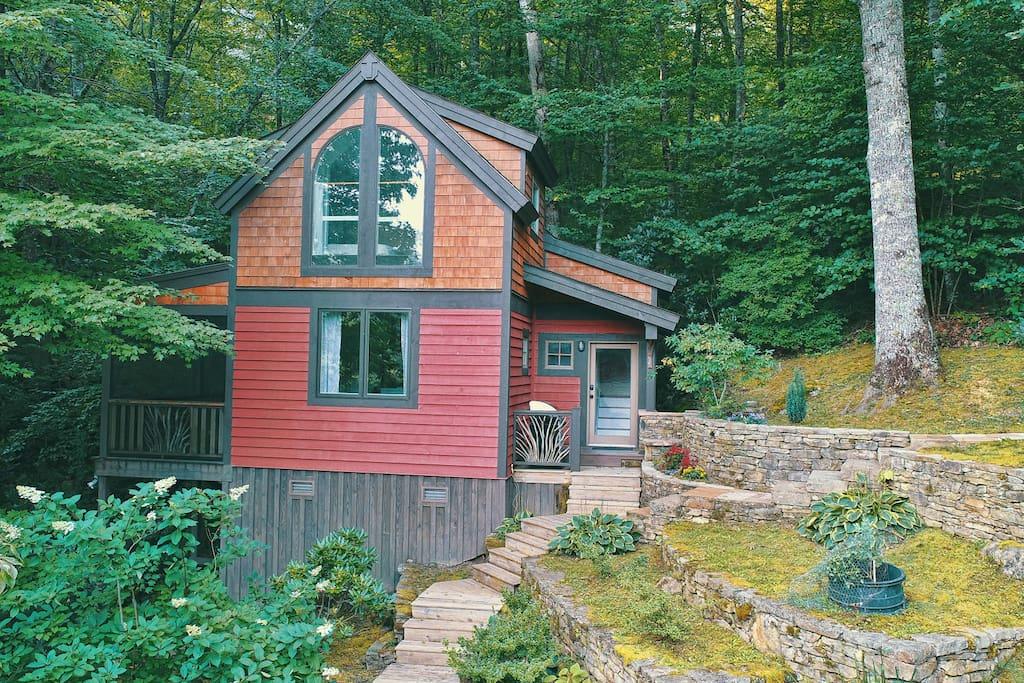 Lazy Moss cabin