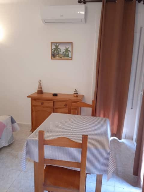 Quiet cozy studio in Estartit