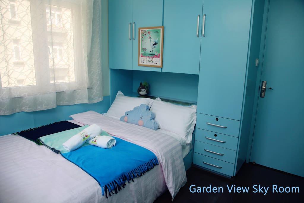 Garden View Sky Room  花园景温馨蓝天房