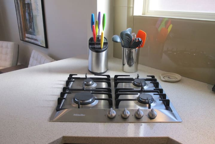 Gas stove for those that like to cook!