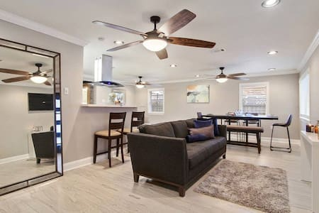 **45% OFF**Minutes From Downtown New Orleans! Sleeps 13! GORG