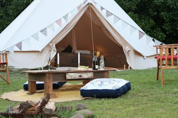 ONE GLAMPING SPOT with the bellbirds (glamping)