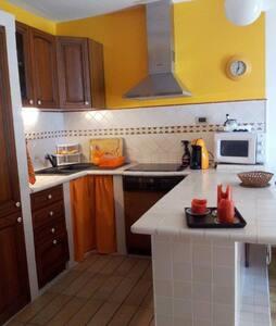 Grazioso appartamento sul mare  - Casaglione