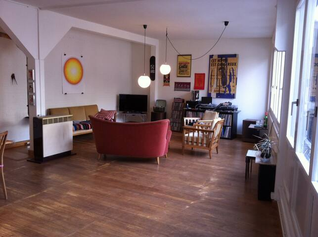 Stunning spacious studio/ loft apartment, Basel