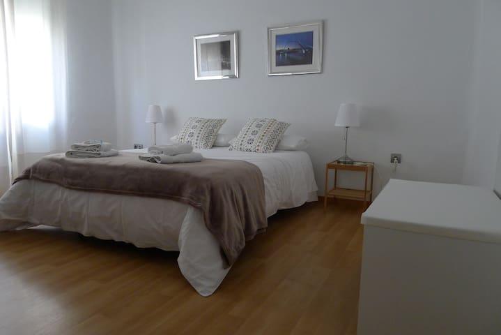 Vista del dormitorio |  Bedroom view