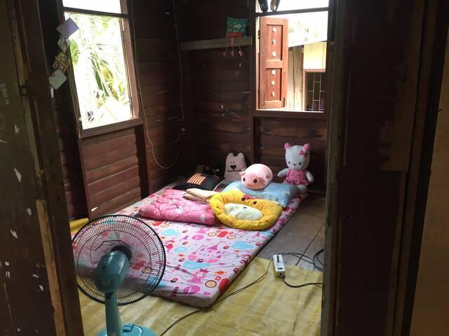 Nuch room in house (Boss 5.2)near don muang&BU&RSU