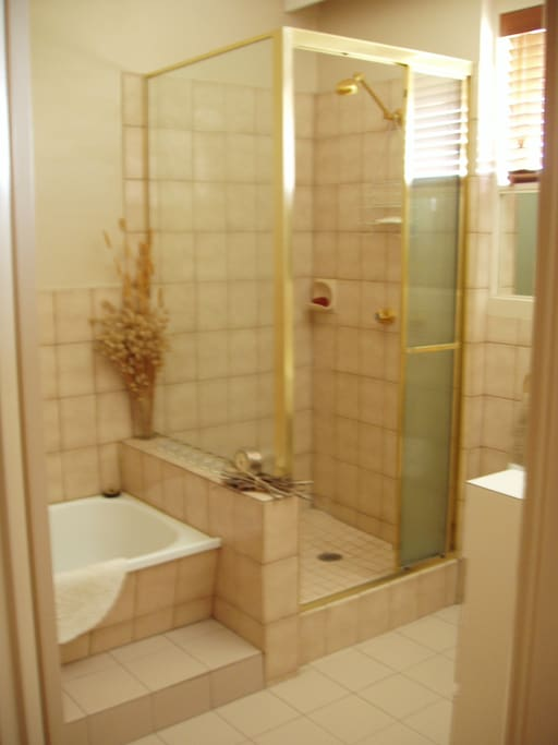 Large family bathroom - exclusive use