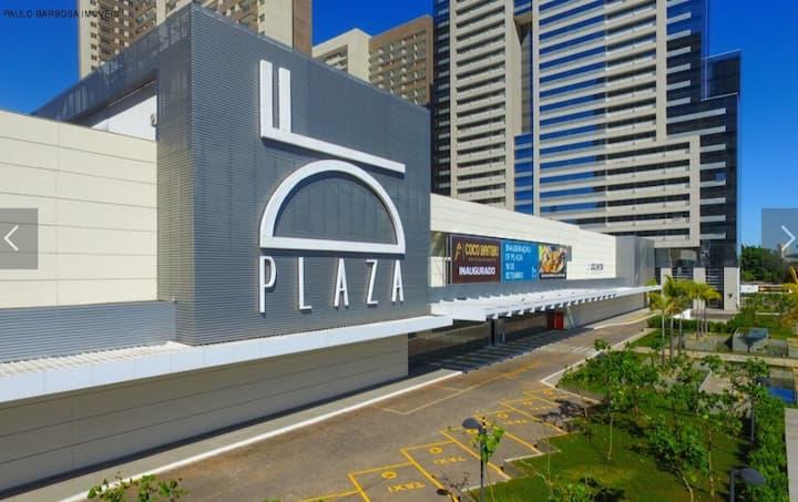 Flat inteiro em complexo multiuso - DF Plaza.