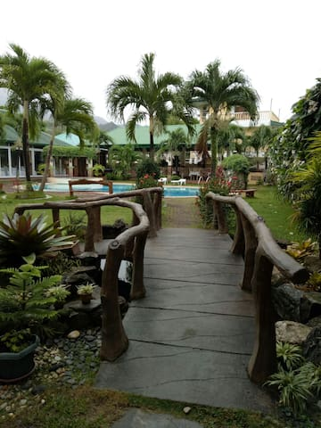 La Solana Suites and Resort white beach (4persons)