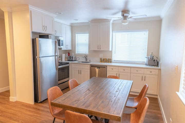 ★ Modern, Private 1-Bedroom in Silicon Valley ★