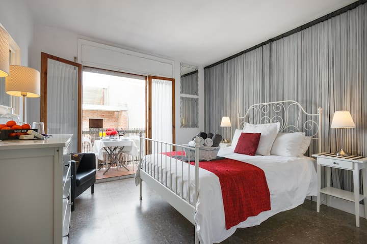 3.2 Quiet double room with balcony - Sitges - Apartment