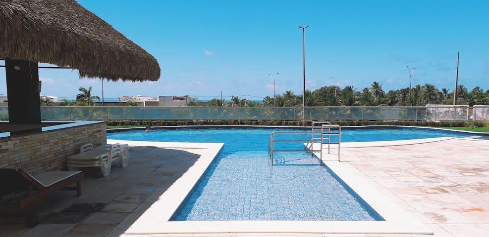 Amplo apartamento na reservada  Praia de Cotovelo