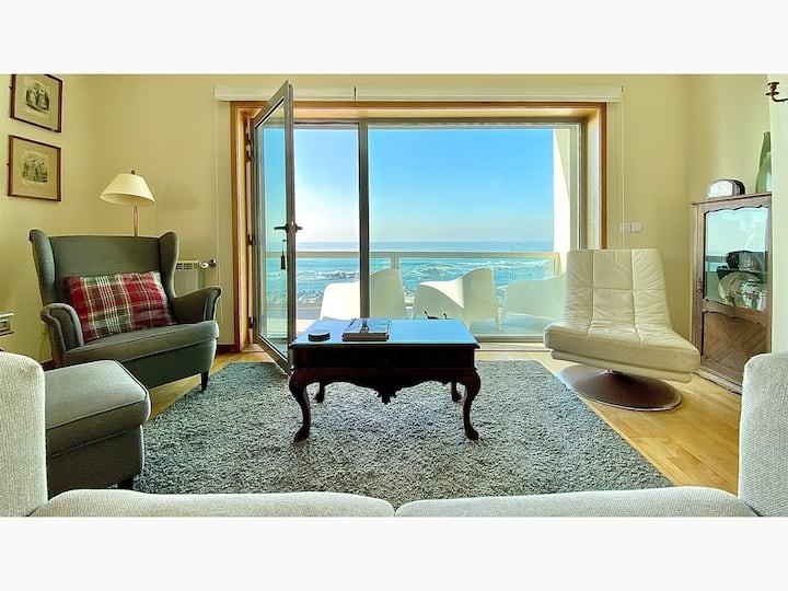 Apartamento T3 duplex de luxo à beira mar