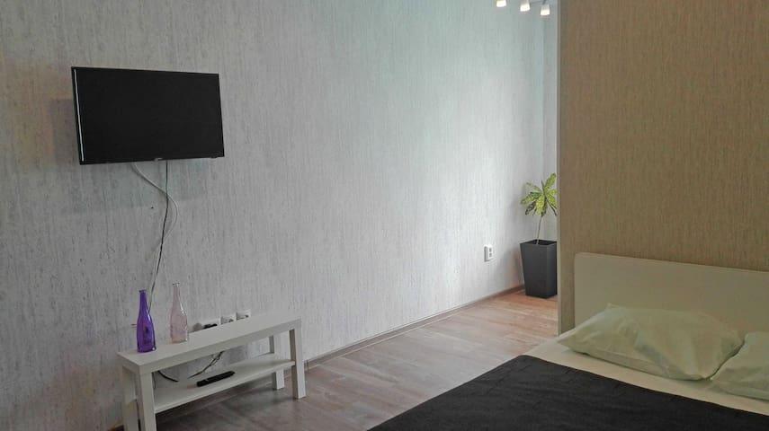 апартаменты Радужная 16