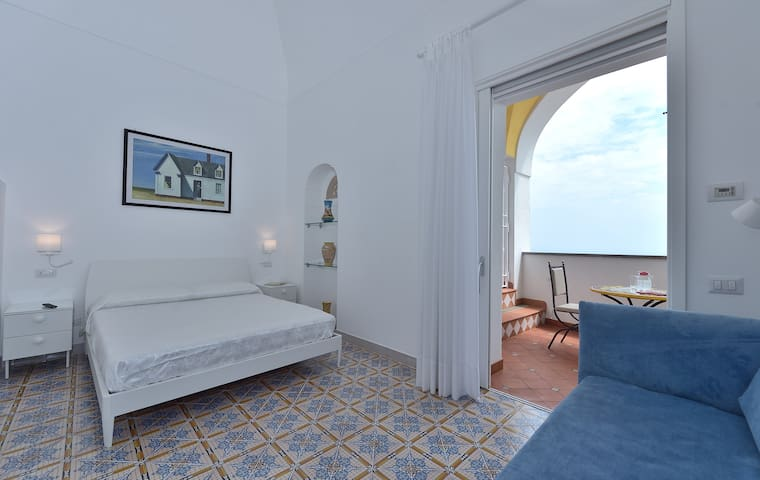 Junior Suite-Elite-Ensuite with Shower-Sea View-HIGH NOON