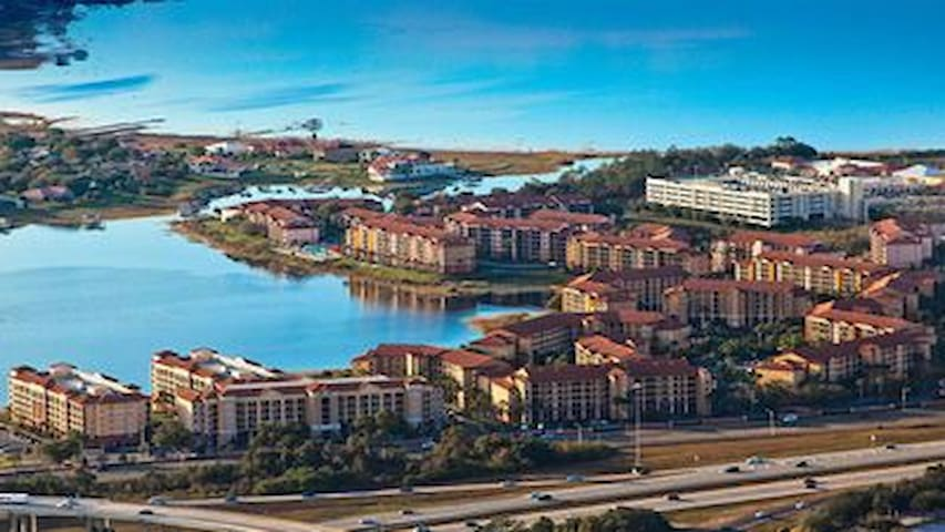 Orlando Condo at the Lakes