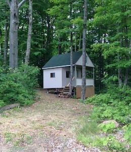 Haliburton Hideaway Cabin - Highland Grove - Zomerhuis/Cottage