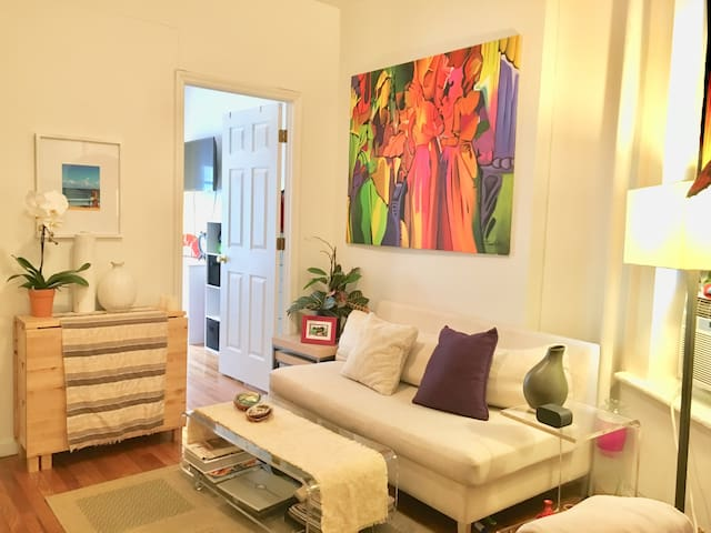 2 Bedroom Greenwich/Soho Apartment