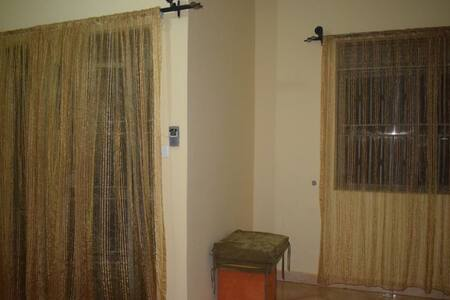Cozy Private Bedroom in 2-bedroom Apartment - Seeta