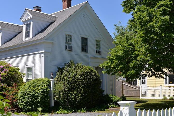 Nantucket House of Chatham - Chatham Room