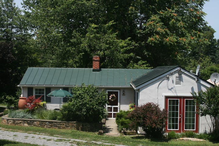 The Milk Cottage at WeatherLea Farm