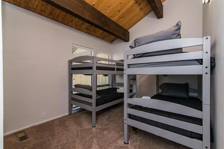 2nd floor bunk bed room