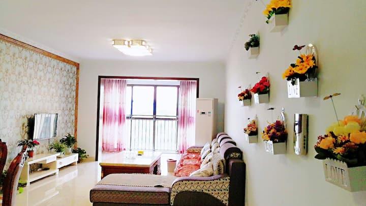 金域阳光超大空间两居公寓