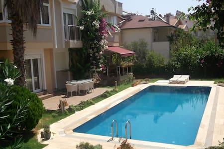 Villa Rose in Armutalan, Marmaris - Armutalan Belediyesi